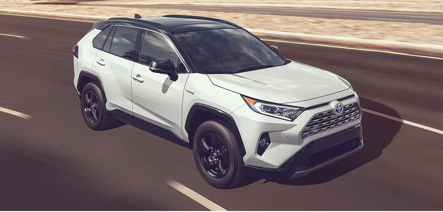 Rent a Toyota in Lansing, MI