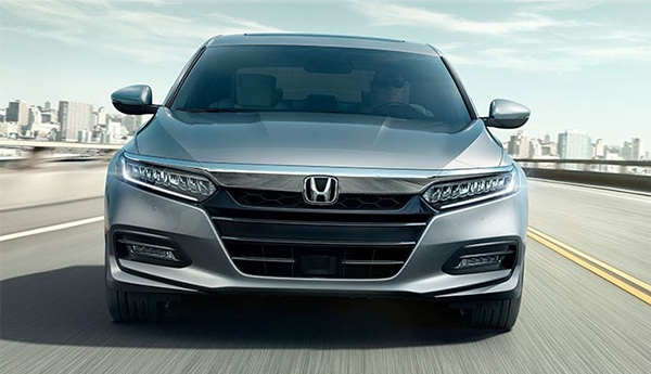 2019 Honda Accord Hybrid Silver Driving