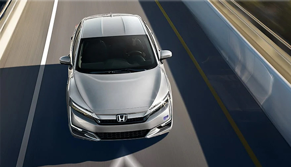 Honda Clarity_Plug-In_Hybrid 2020